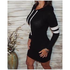 Dresses - Sporty Contrast Lightweight Sweater Hoodie 2219